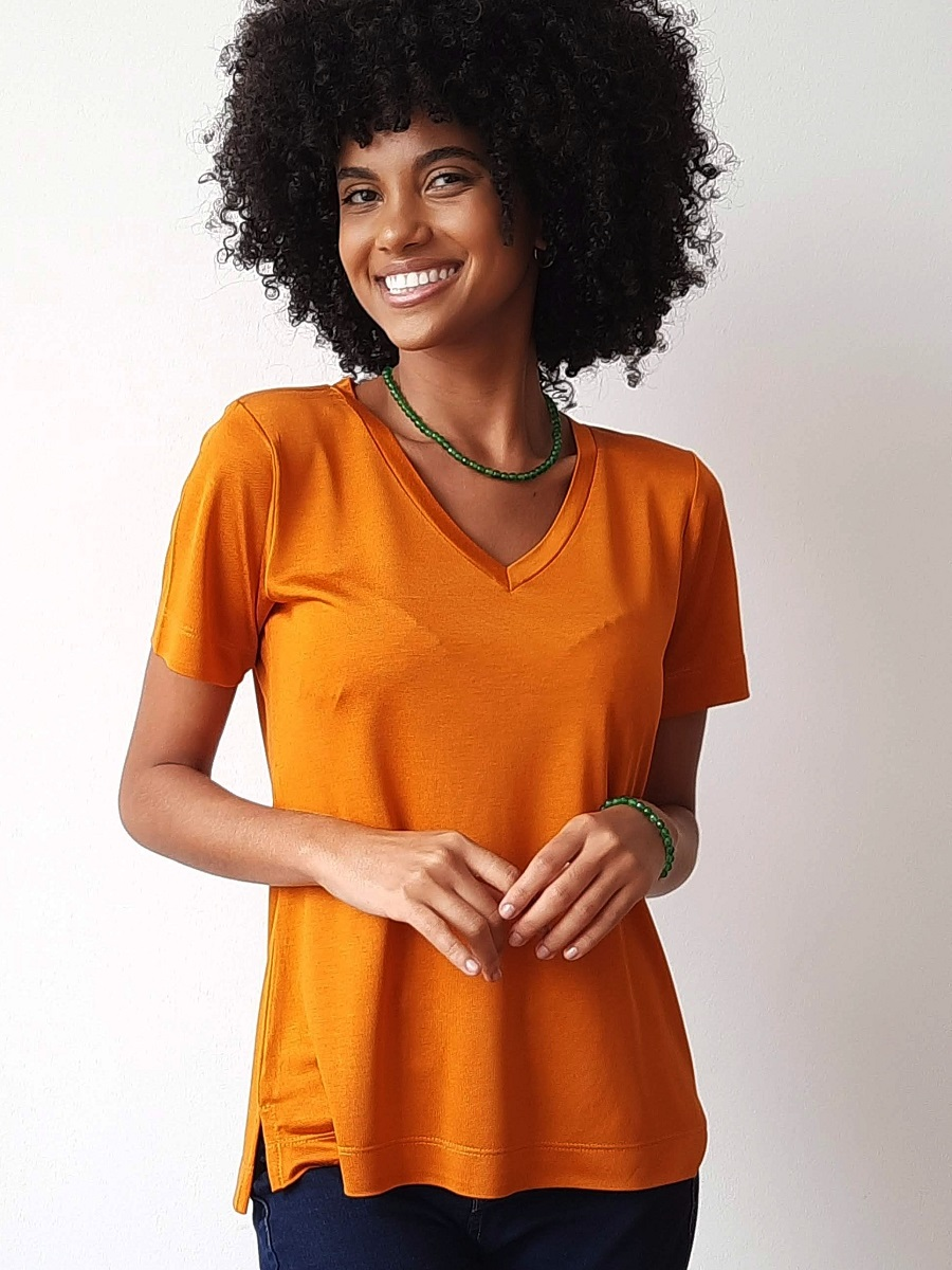 Camiseta Fashionista Sophistiquee - Ouro