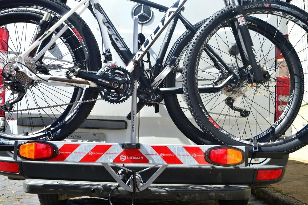 Transbike rabicho 2 bicicletas com canaleta e sinalizador Altmayer