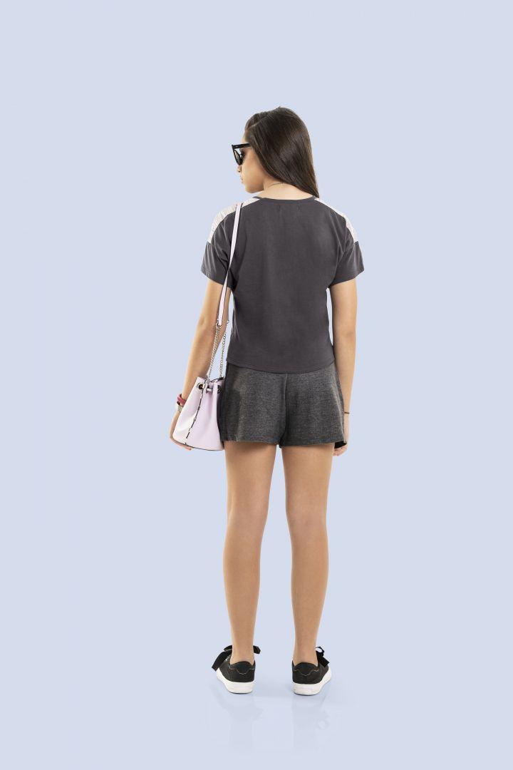 Conjunto Blusa em meia malha e Shorts Saia em moletinho Gloss Radical Dreamer