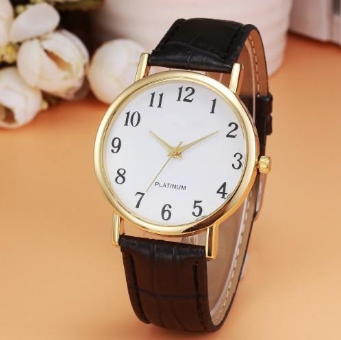 Relógio Masculino Clássico Preto Dourado