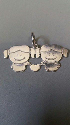 Pingente Em Prata 925 Maciça Modelo Duas Meninas 2,3 Gramas