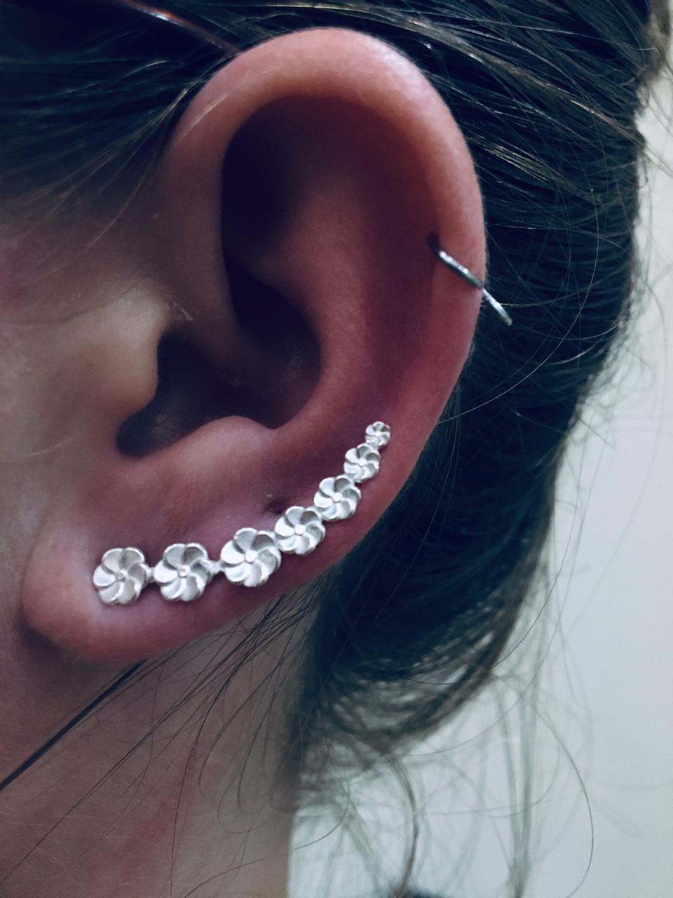 Brinco Ear Cuff Flor Prata 925