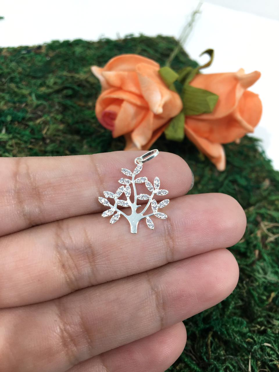 Pingente Árvore em prata 925