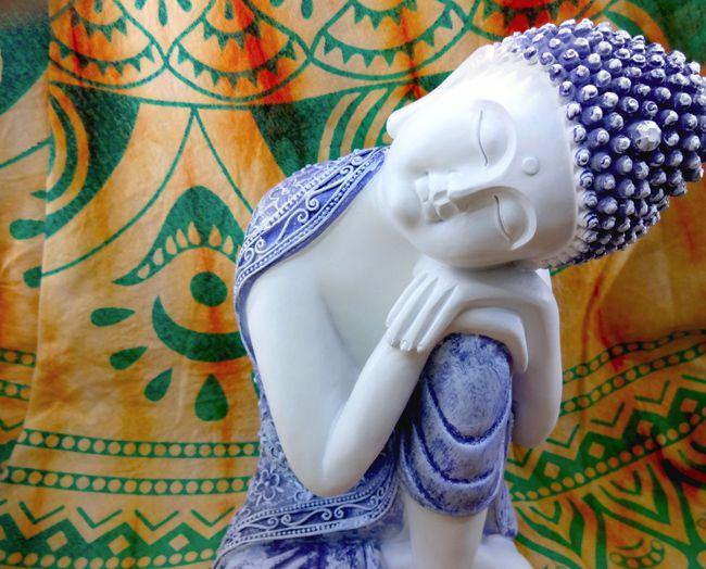 Buda Dormindo  Imagem Resina 22x14cm