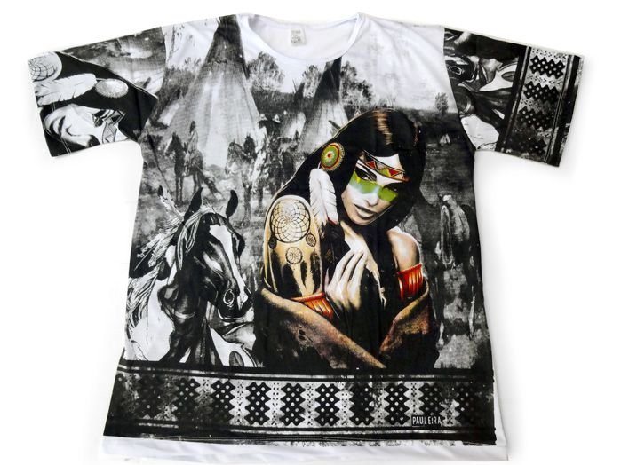 Camiseta Índia com Pena - Unissex