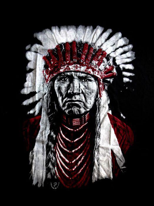 Camiseta Unissex Índio Americano Preto