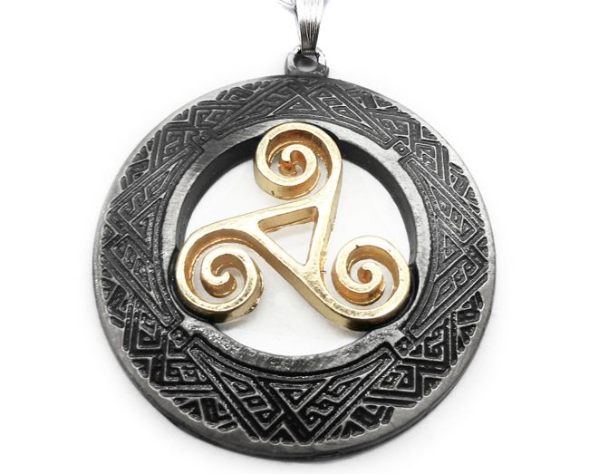 Colar Triskle Celta I