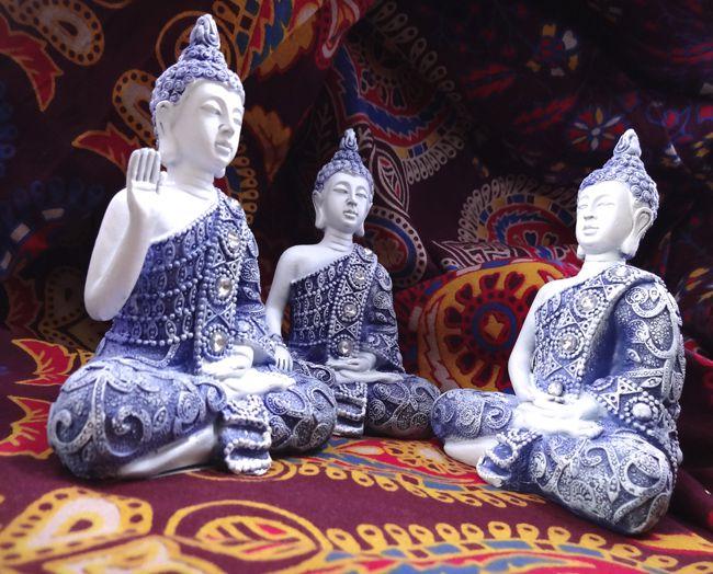 Conjunto Buda Tailandês Resina 11 x 8 cm