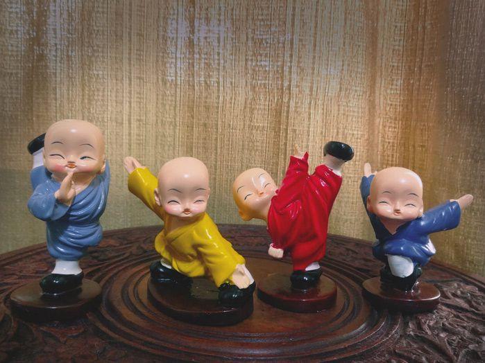 Conjunto Monges Kung-fu