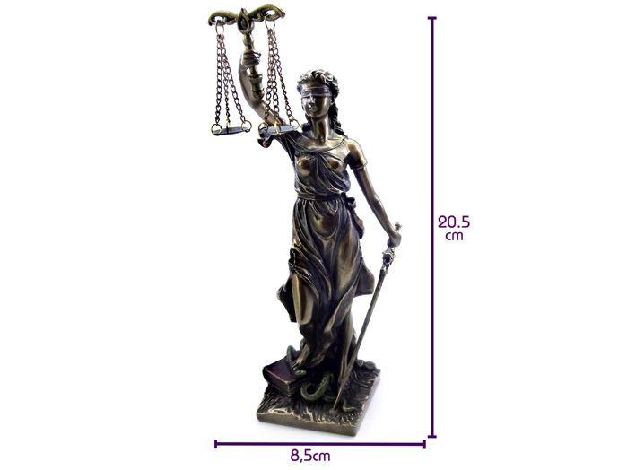 Deusa da Justiça Estátua