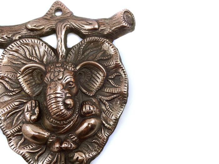 Decoração Ganesha Estátua de Parede 17 x 22 cm