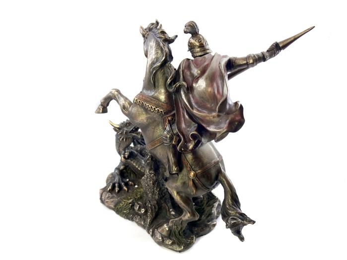Escultura Imagem de São Jorge 21 x 23 cm Resina