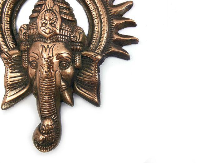 Ganesha Sol - Estátua de Parede 23 x 20 cm