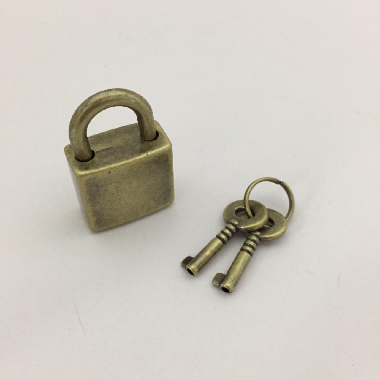 Cadeado Ouro Velho MA0300
