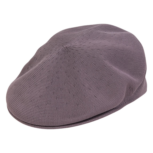 Chapéus, botas, camisas, saias e bombachas