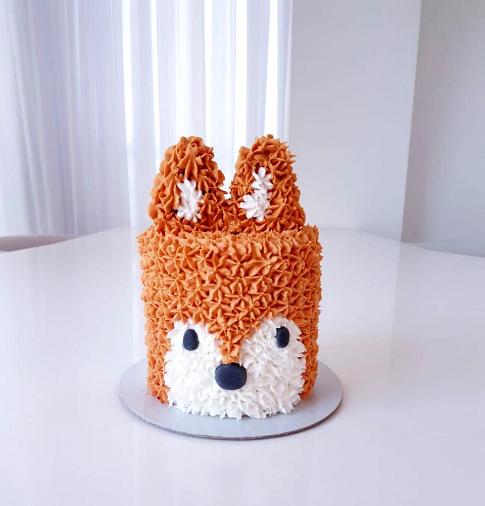 Bolo de Aniversário para Cães com Pasta Americana Temático