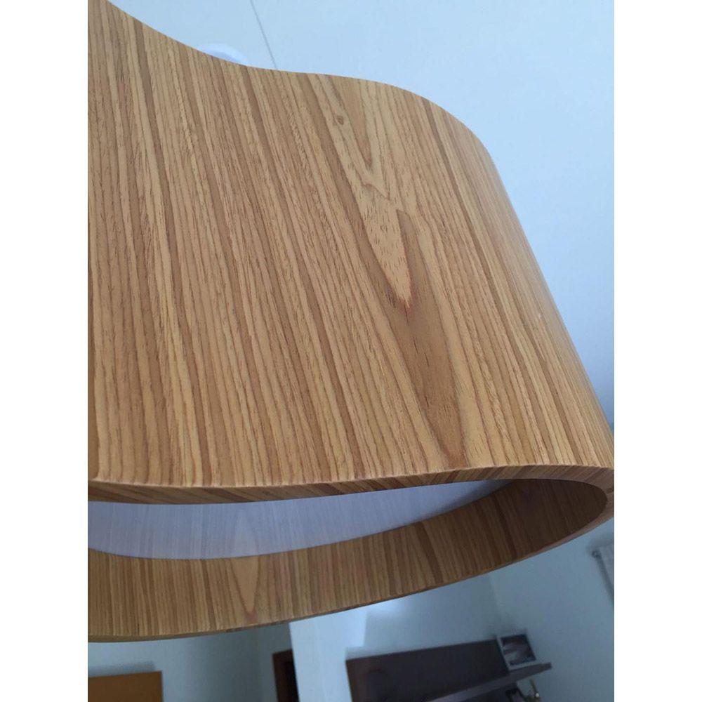 Lustre Pendente Oval 78cm em Acrílico e Madeira Louro Freijó