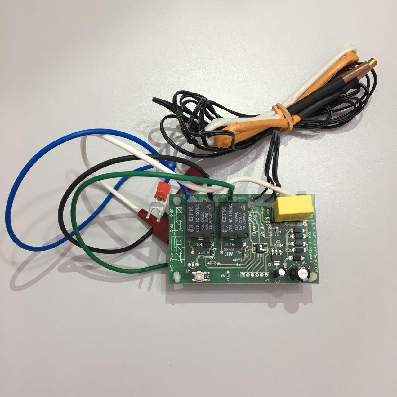 Placa/Rele de Proteção Condensadora Hitachi Modelos RAP 48.000 a 60.000 Btus D42304A