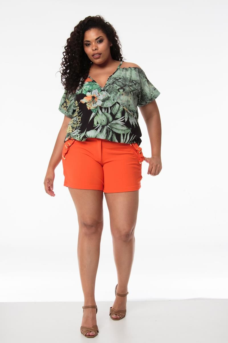 Blusa Plus Size folhas