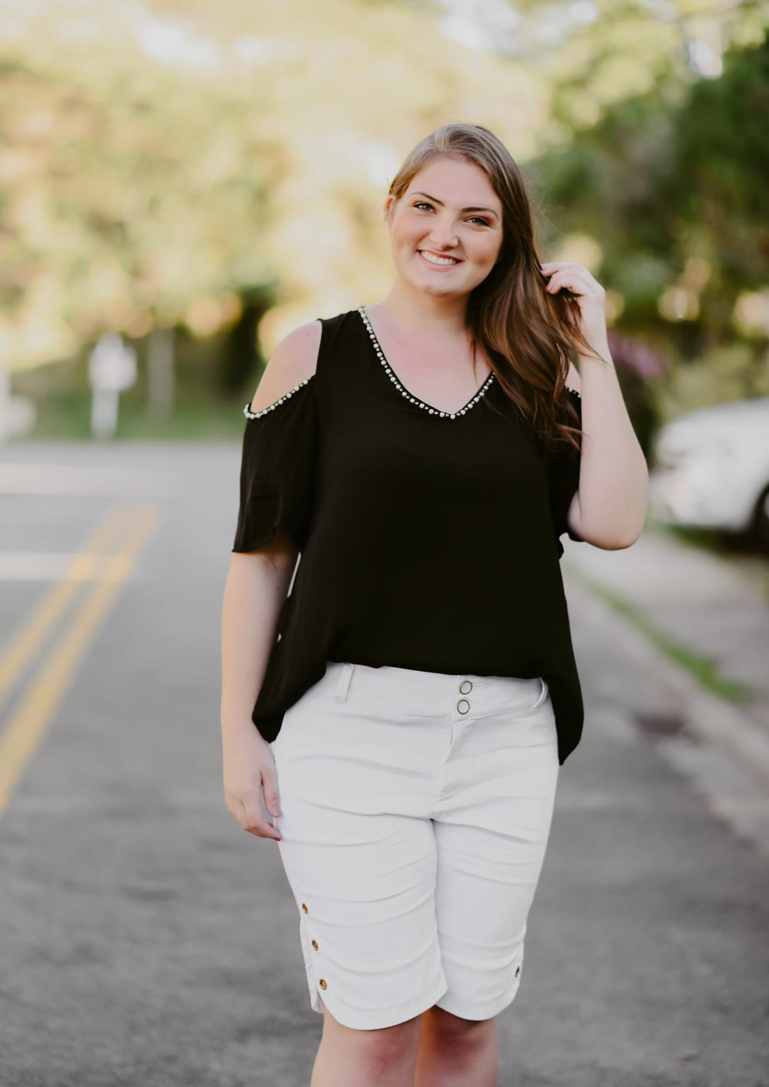 blusa plus size ciganinha com aplicações
