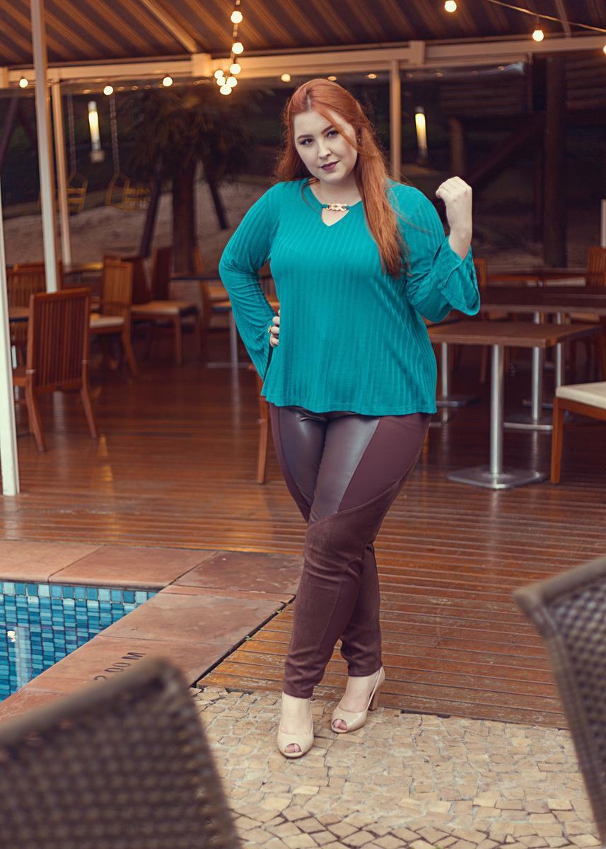 blusa plus size manga longa verde