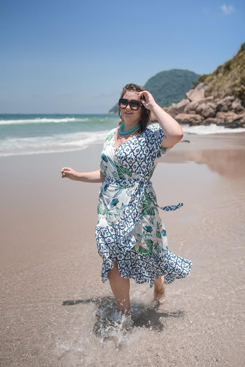 body plus size estampado