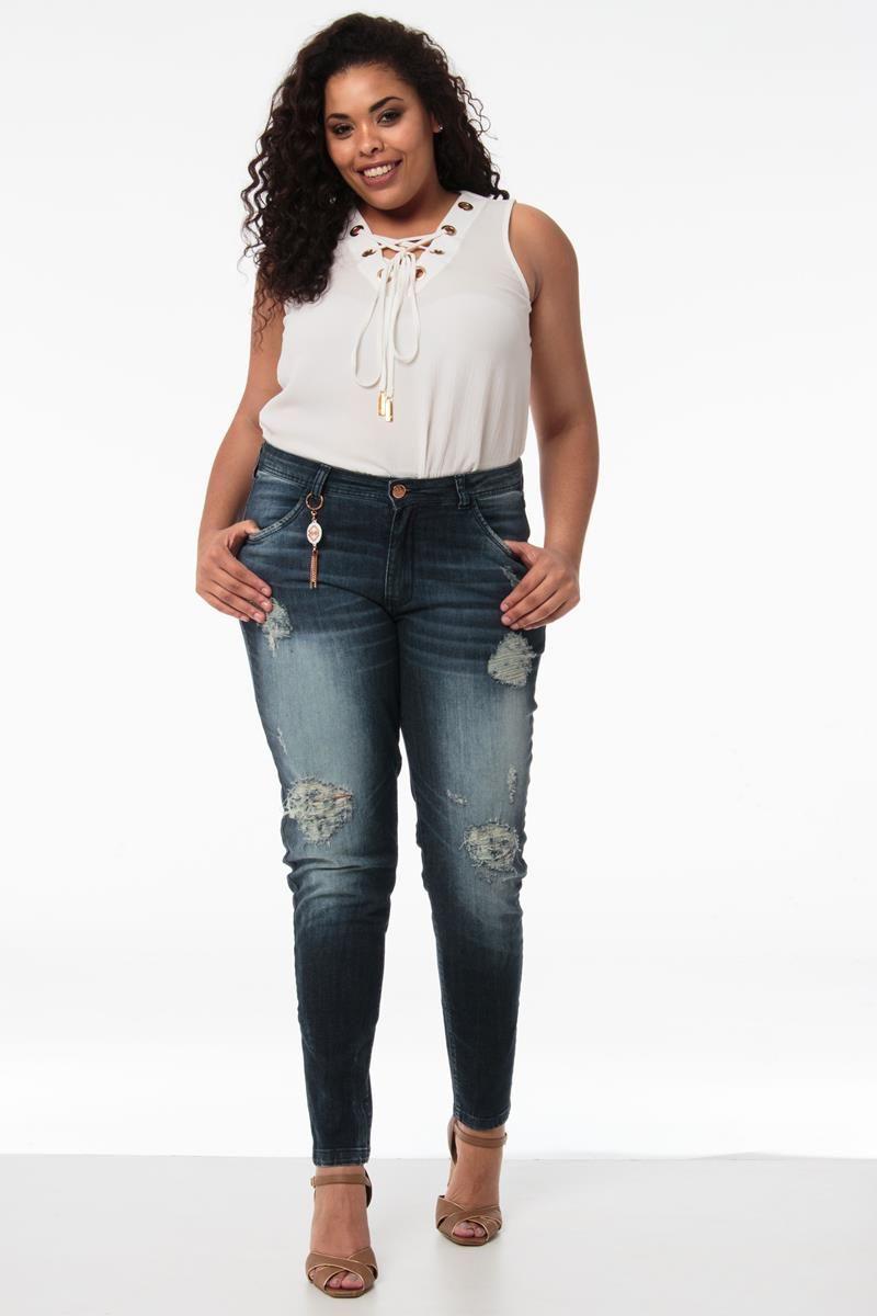 Calça Plus Size skinny desfiada