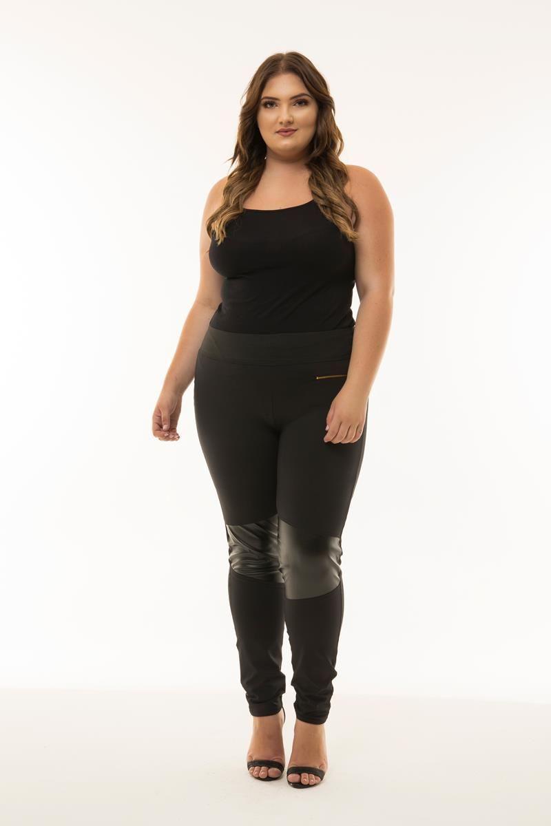 calça plus size Legging detalhe couro