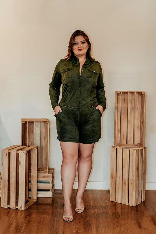 macaquinho plus size verde militar