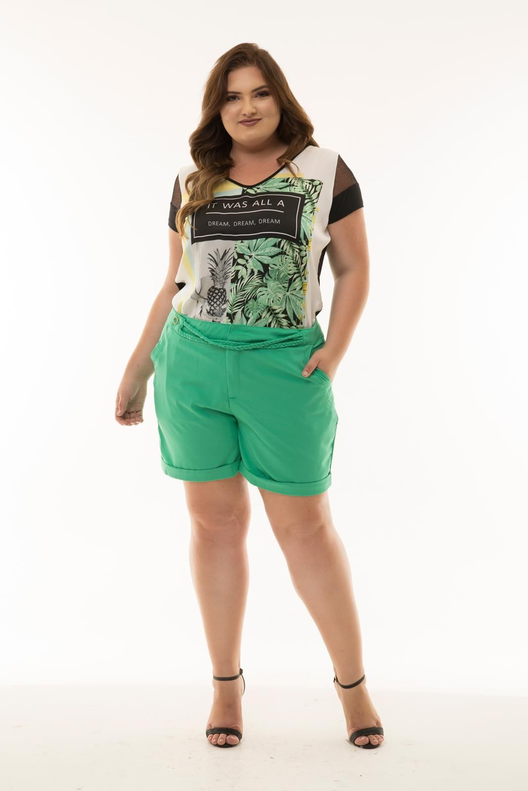 Shorts Plus Size trançado