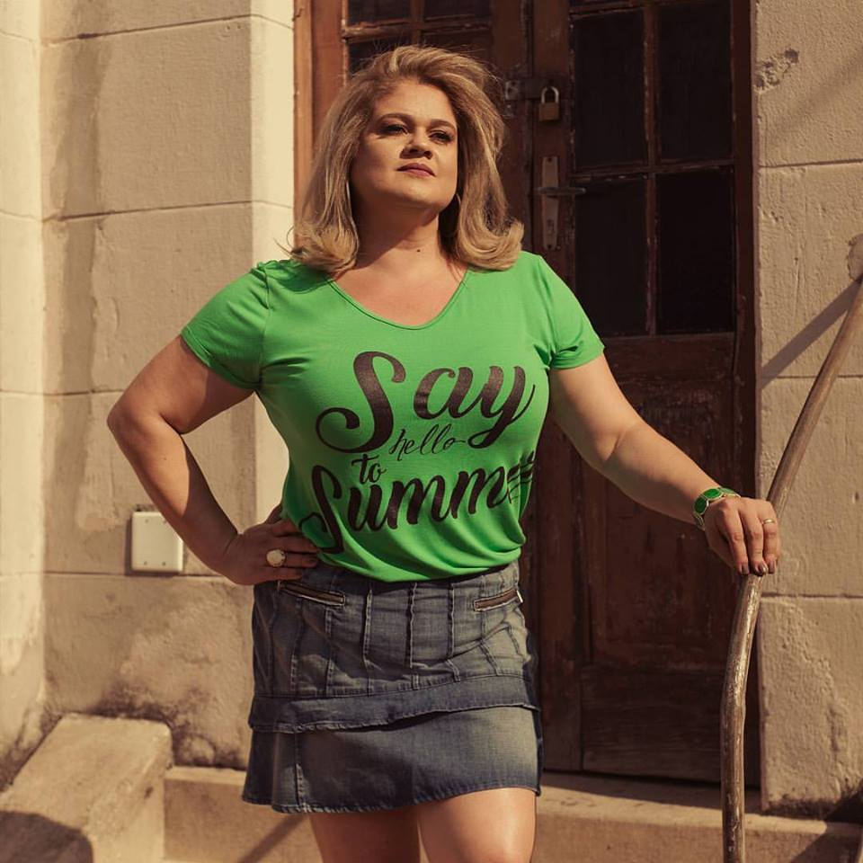 T shirt Plus Size Say Hello