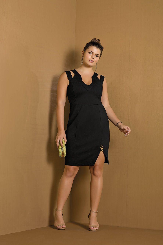 vestido plus size justo com fenda e alça dupla