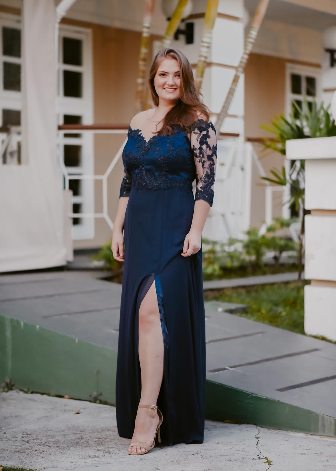Vestido plus size longo azul marinho