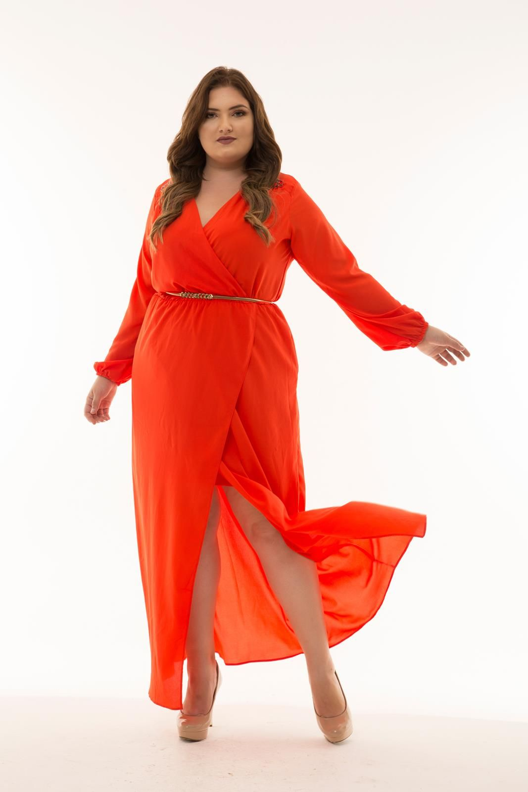 Vestido Plus Size longo tomate