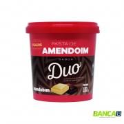 PASTA DE AMENDOIM DUO - CHOCOLATE BRANCO E MEIO-AMARGO - 1,02KG