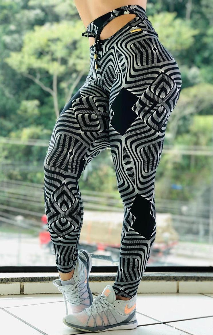 Calça Legging com cós Vazado Patricia