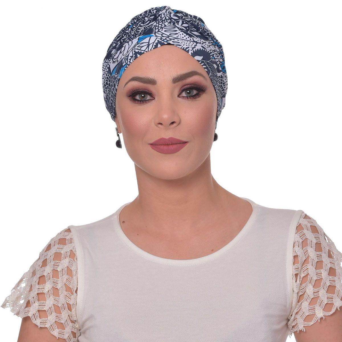 Turbante Fechado Drapeado Floral Tons de Azuis