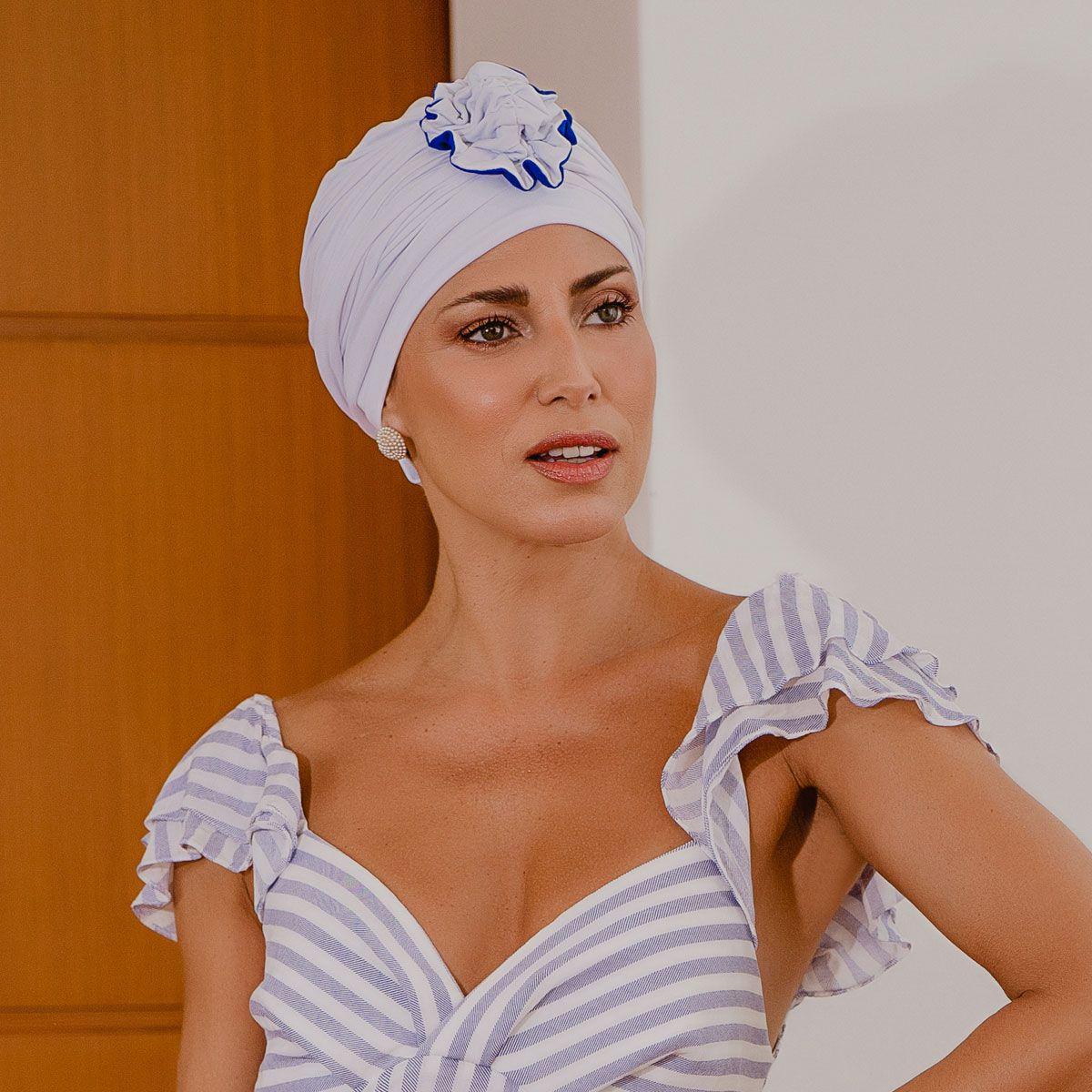 Turbante Feminino Fiore Branco com Azul Royal