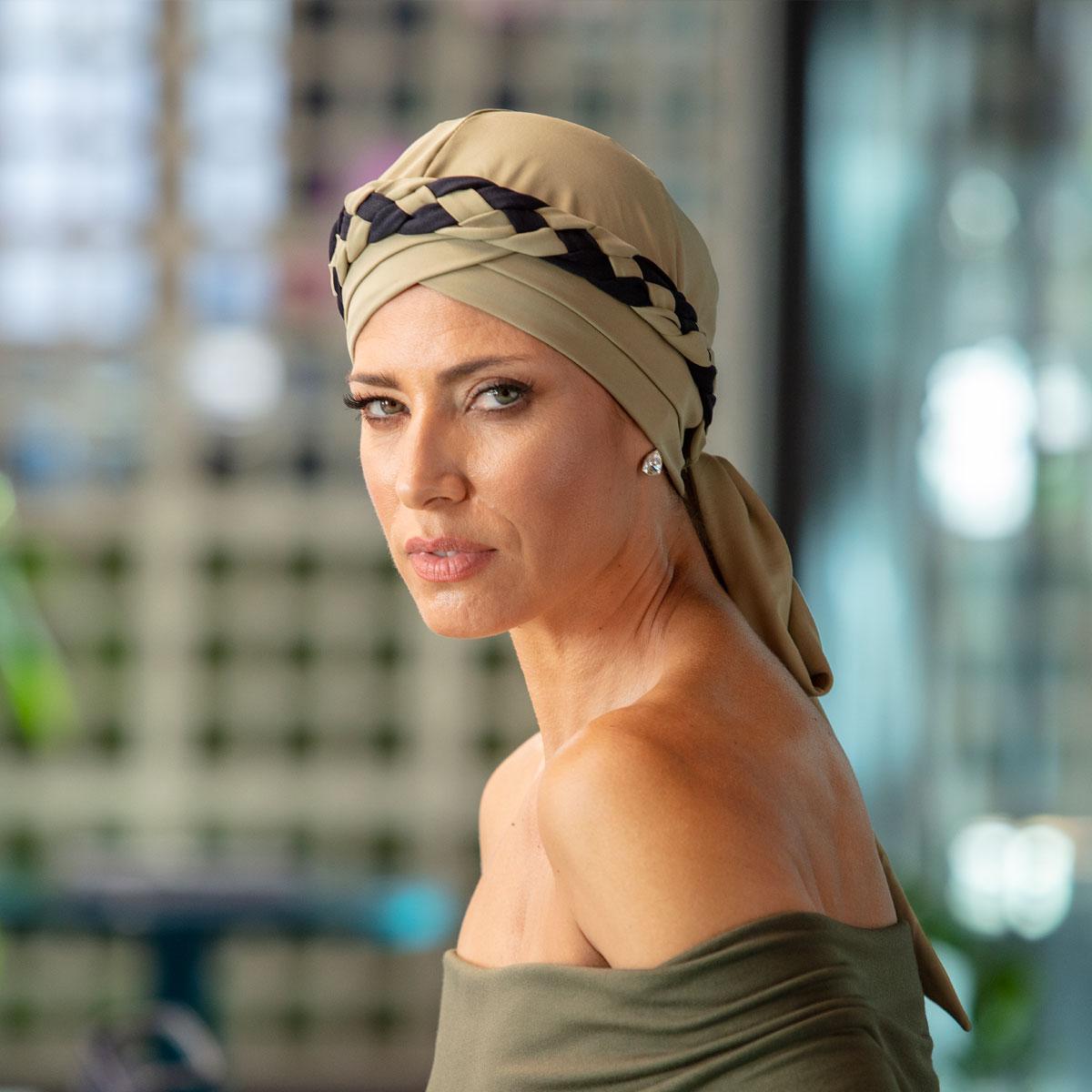 Turbante Feminino Trançado Giovanna Verde Claro com Preto