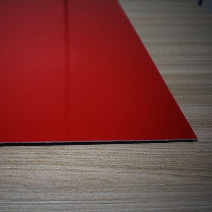 Chapa em Abs Dupla Camada - Vermelho/ Branco