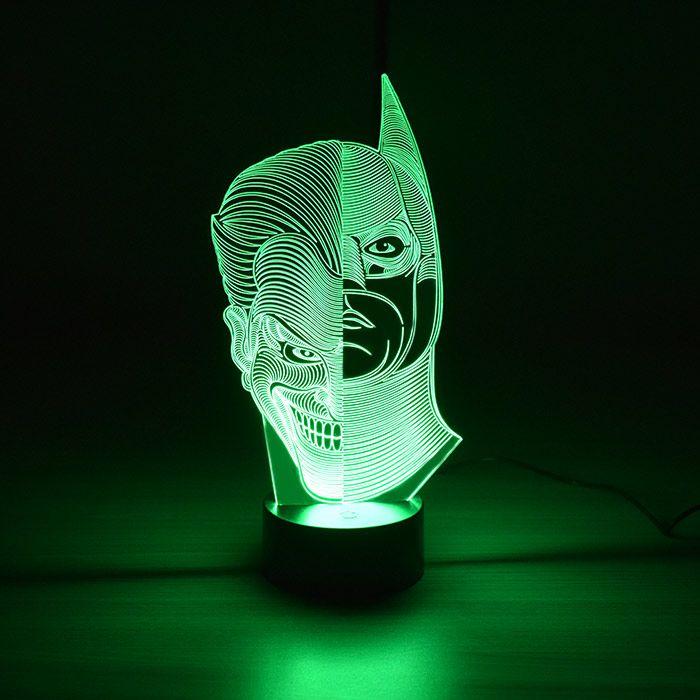 Luminária 3D - Batman e Coringa