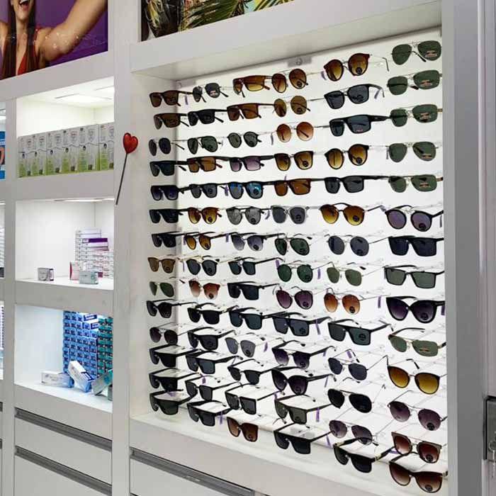 Painel Expositor em Acrílico para Óculos - Tamanho 100X60cm