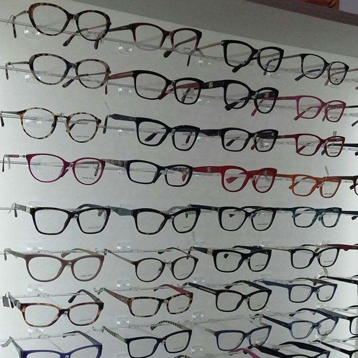 Painel Expositor em Acrílico para Óculos - Tamanho 120X60cm