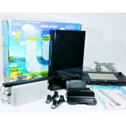 Console Nintendo Wii-U 32GB 110V + Zombi U + Nintendo Land Original Usado