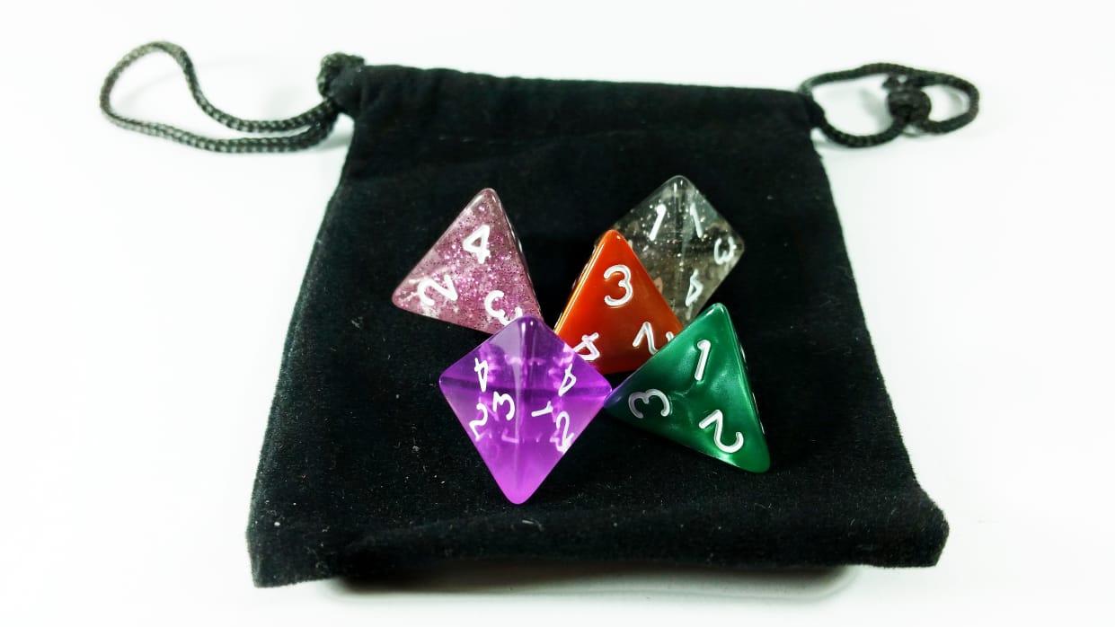 Conjunto 5 dados RPG D4 lados com bag Magic DeD  - Place Games