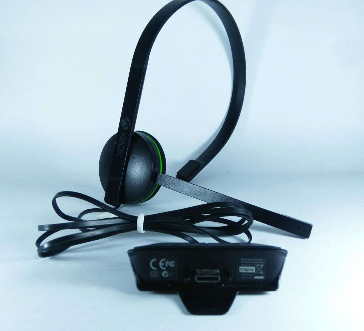 Fone Headset XBOX ONE Preto original usado pronta entrega - Place Games