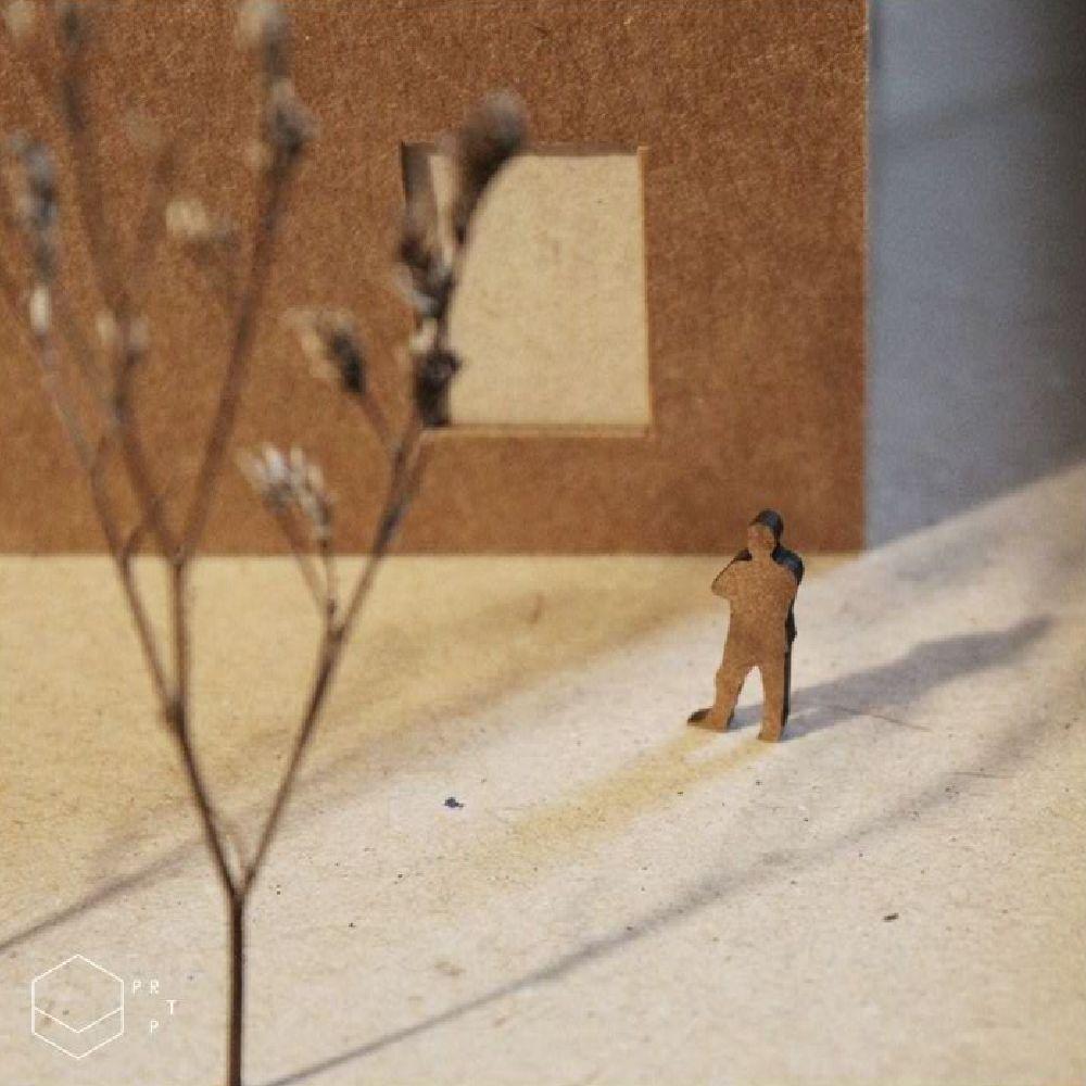 Escala humana 1/100 - madeirado