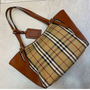 BOLSA BURBERRY BANNER CHECKED