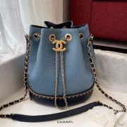 BOLSA  CHANEL DRAWSTRING BAG CALFSKIN AS0373