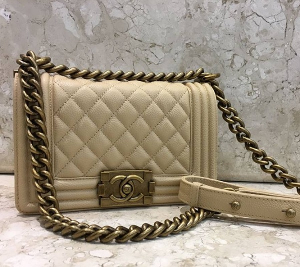 Bolsa Chanel Boy Matelasse